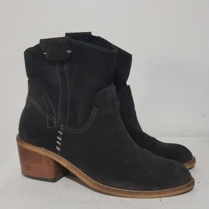 Dolce Vita Gray Suede Leather Ankle boots Sz 6